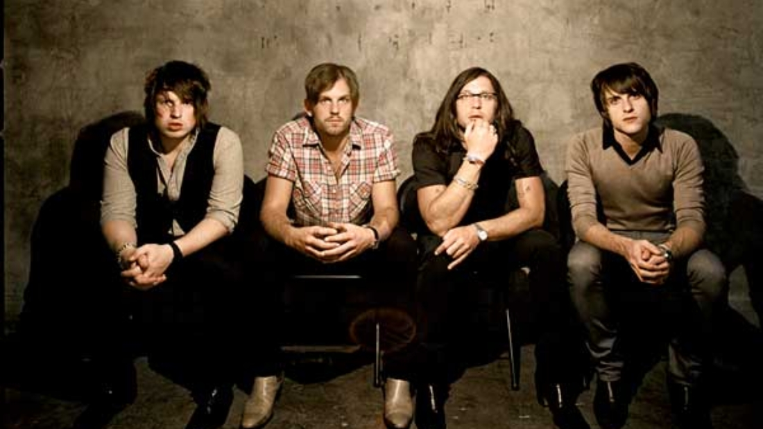 Kings Of Leon - Sex On Fire :: sábados musicales